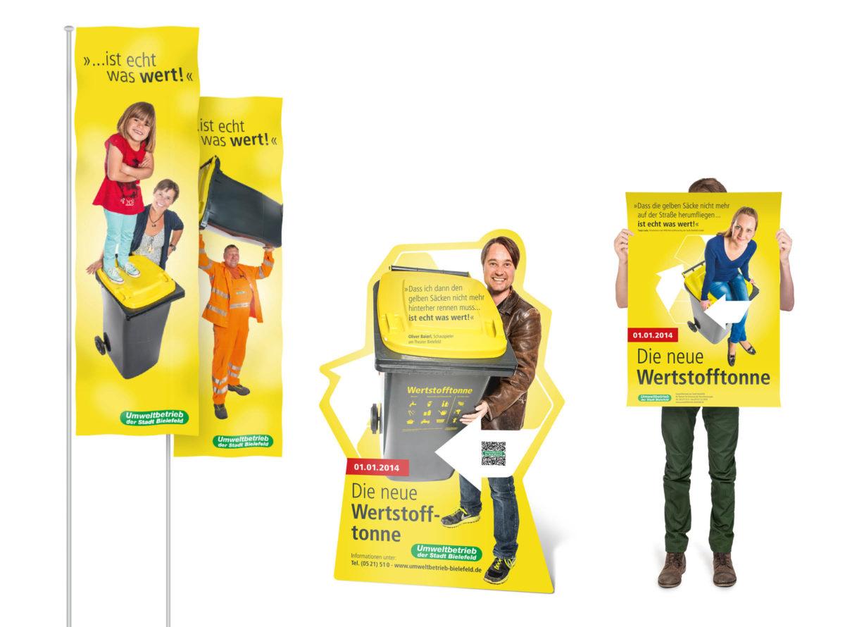 Werstofftonne Bielefeld: Aufsteller, Fahnen, Plakate